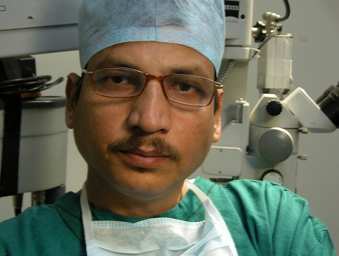 Anil-Garg-From-rejuvenatehairtransplant